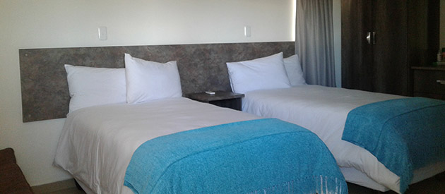 Puzzles Guest House - Gariep Dam accommodation - Free State
